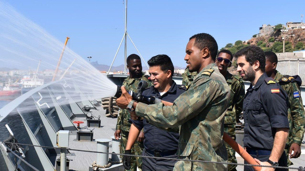 obanza.Macron se reunió con los presidentes de los países del Sahel, donde Francia tiene desplegados 4.500 soldados en misión antiterrorista