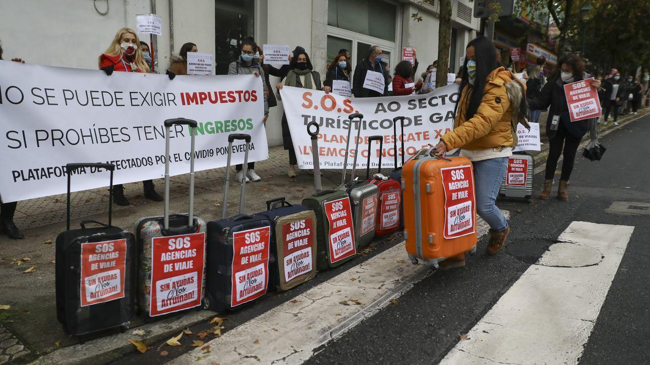 Traballadores e propietarios pediron un plan de rescate diante do Parlamento galego para non ter que endebedarse máis
