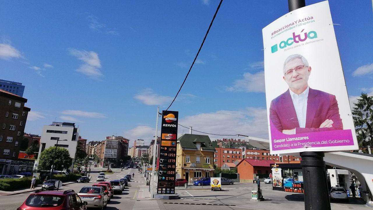 Cartel electoral de Actúa con Gaspar Llamazares como candidato a la presidencia del Gobierno de España