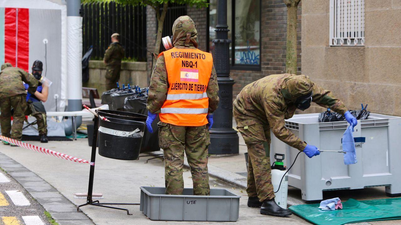 Los equipos de descontaminación son del tipo NBQ (nuclear, bacteriológico y químico)