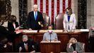Mike Pence y Nancy Pelosi en la sesión del Congreso estadounidense
