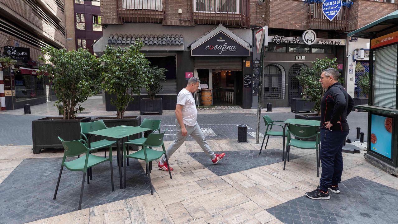 El Gobierno luso exigirá una distancia de dos metros entre las mesas de los locales de hostelería.