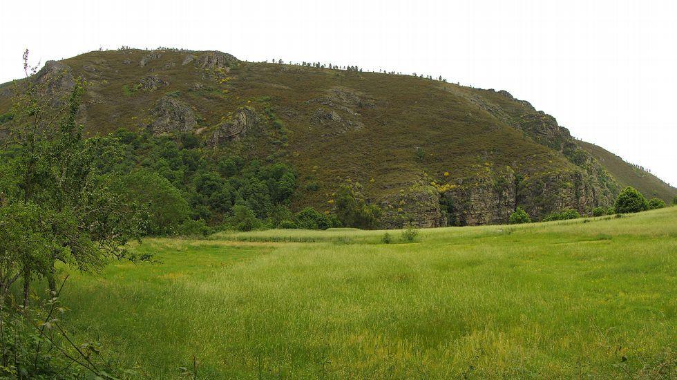 Una vista de la charnela, la zona de máxima curvatura del plegamiento de Campodola