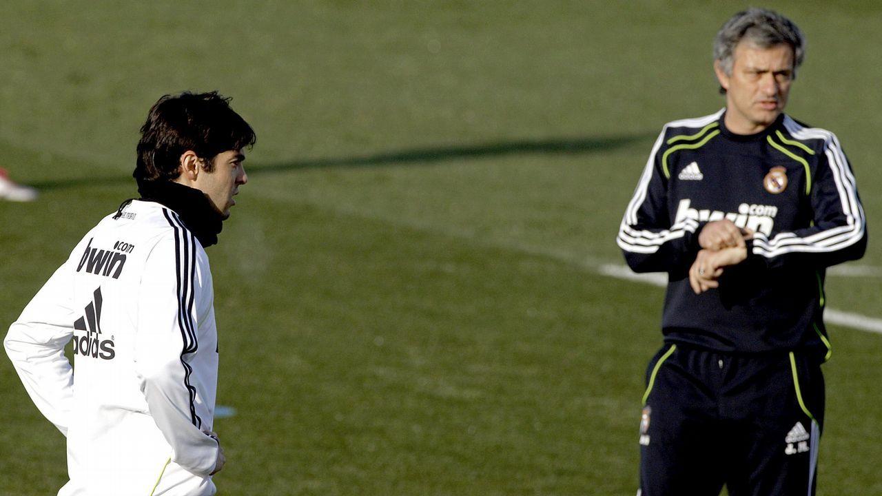 Kaka: «Me pasé tres años intentando convencer a Mourinho».Modia, en primer plano, con Piqué tras lograr Kosmos la organización de la Davis en Orlando