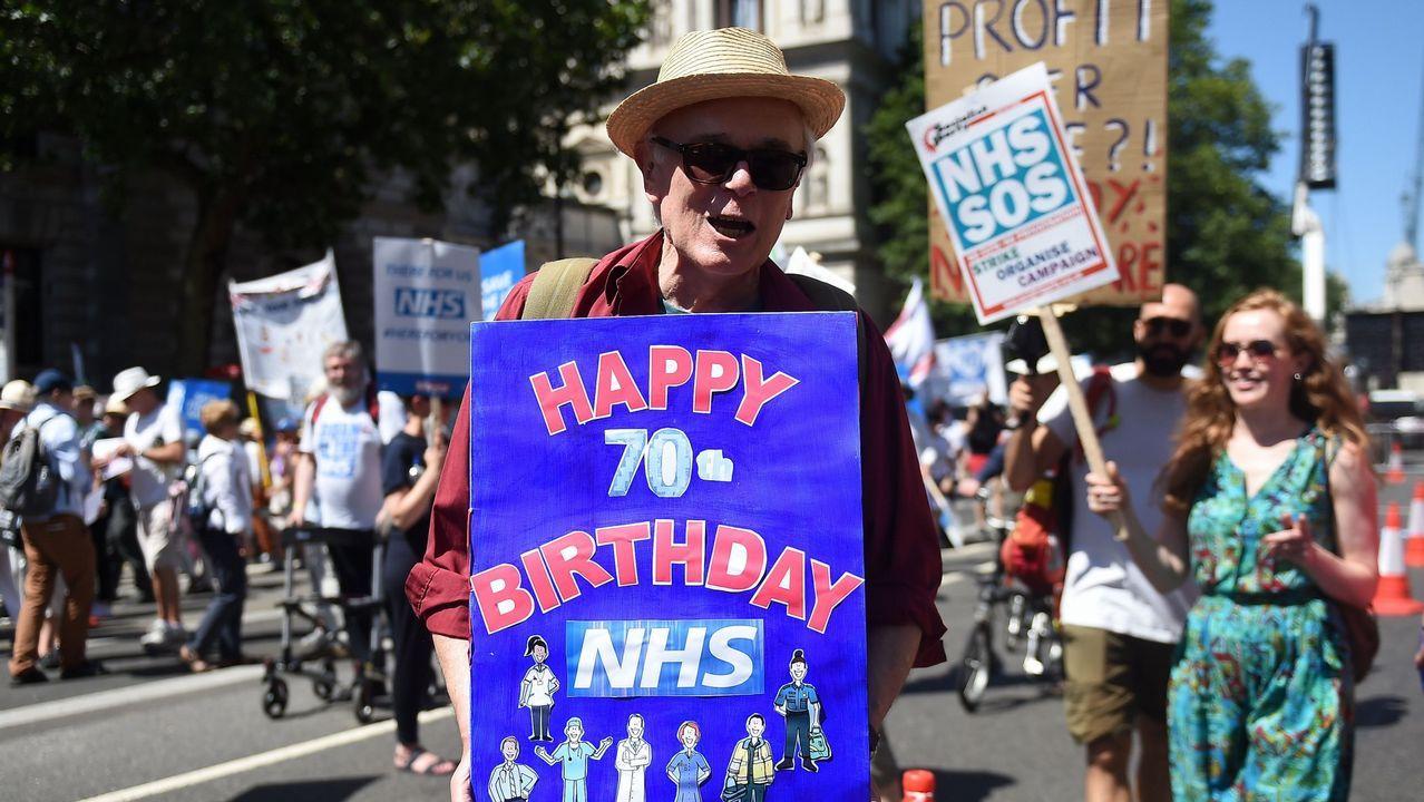 Manifestación a favor de la NHS en Londres