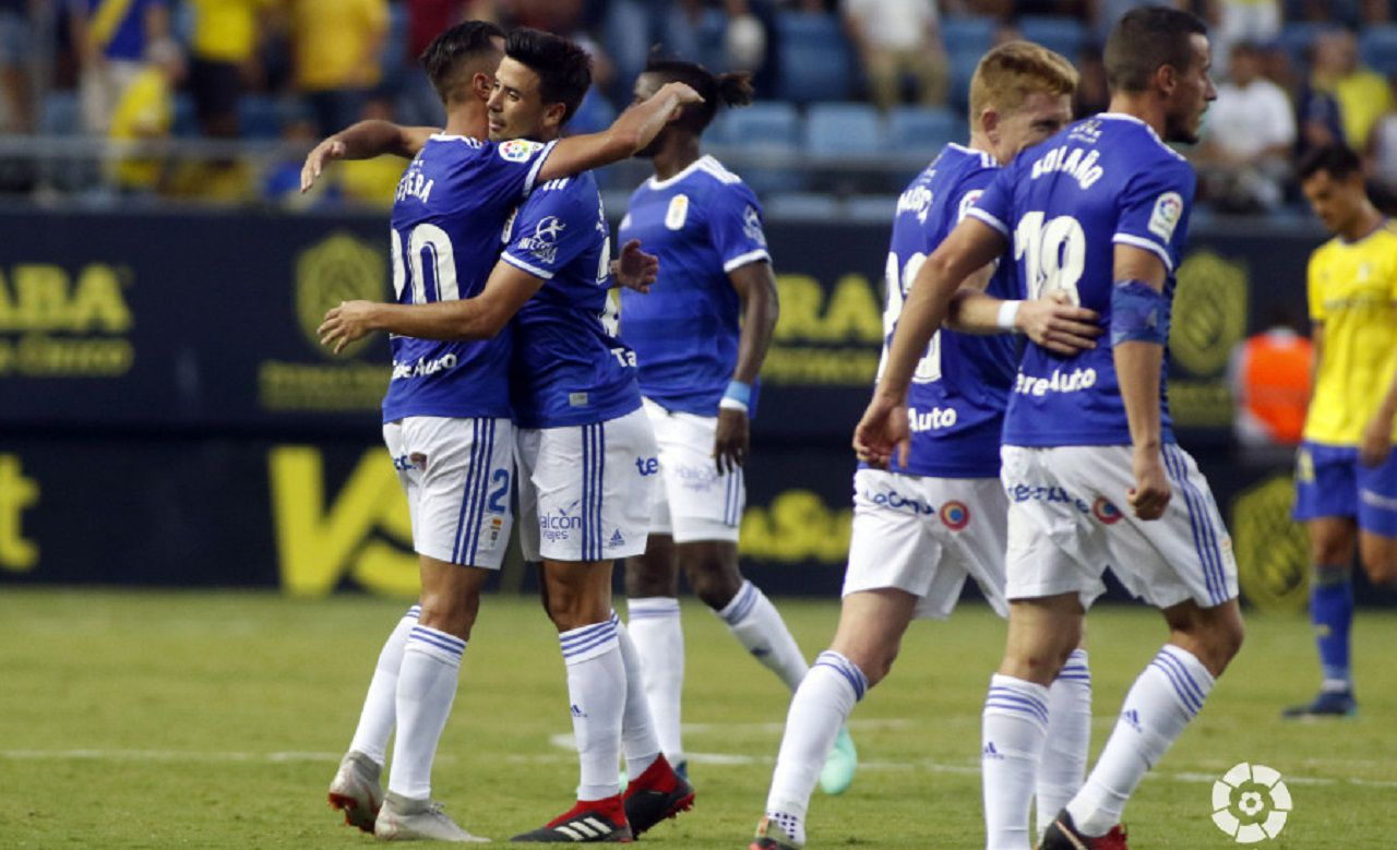 Tejera Javi Munoz Cadiz Real Oviedo Carranza.Tejera y Muñoz celebran el empate azul en el Carranza