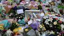 Numerosos tributos florales al diputado David Amess, apuñalado mortalmente el viernes.