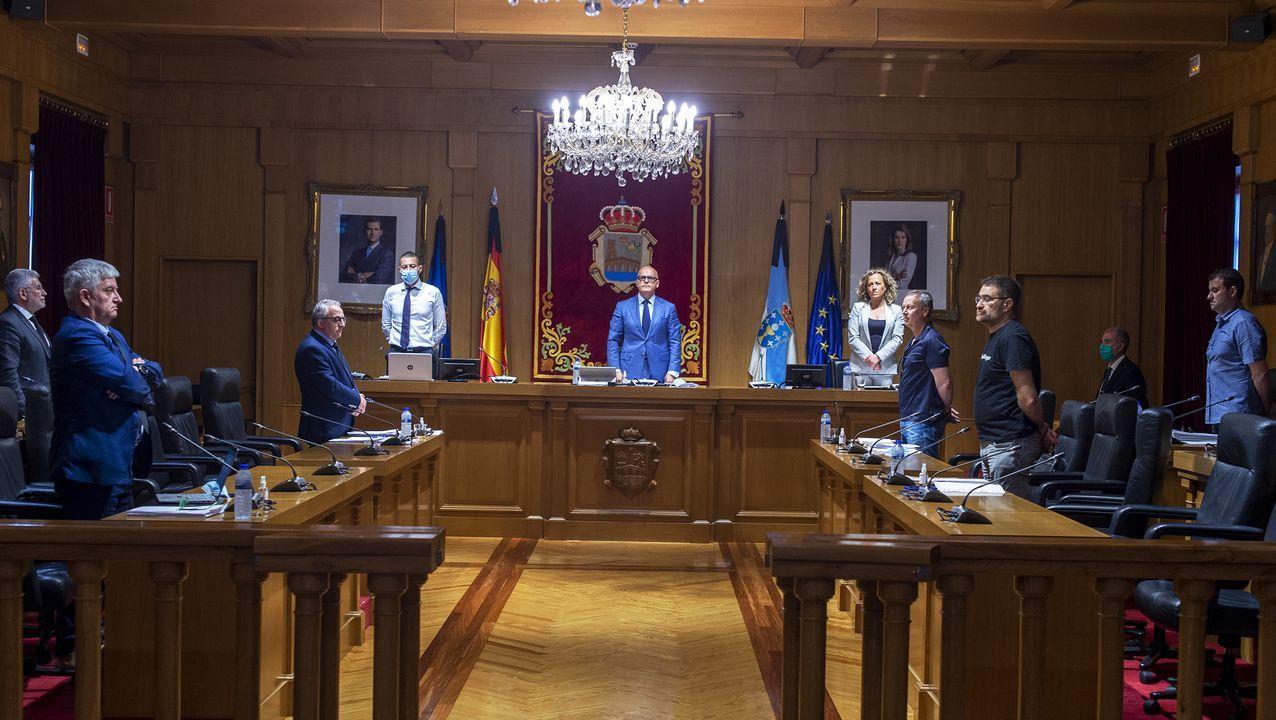 Minuto de silencio en el pleno de la Diputación ourensana
