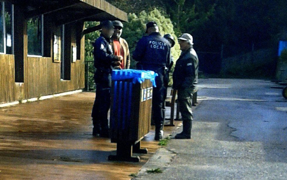 Cinco lugares en Galicia en los que entrar en contacto con los animales.La policía intentó que Abalde no fuera a Vigozoo estando sancionado.