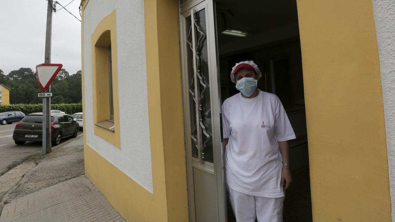 Diana vive en Iñás y trabaja en San Pedro de Nós, ambos lugares libres de franjas horarias