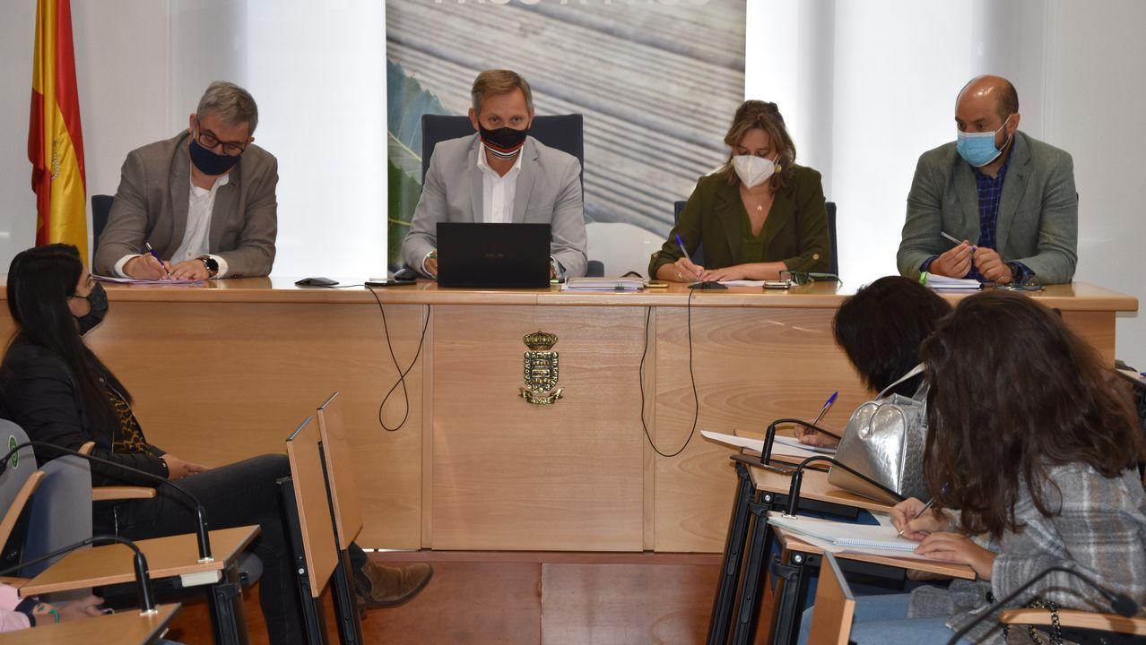 Pedro Sánchez comparece tras el Consejo Europeo.Ana Pastor, Cuca Gamarra, Pablo Casado y José Luis Martínez-Almeida, el pasado día 20 durante la reunión de la directiva nacional del PP