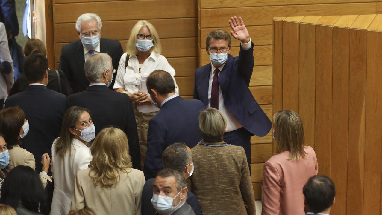 Feijoo, tras ser proclamado presidente por el Parlamento de Galicia