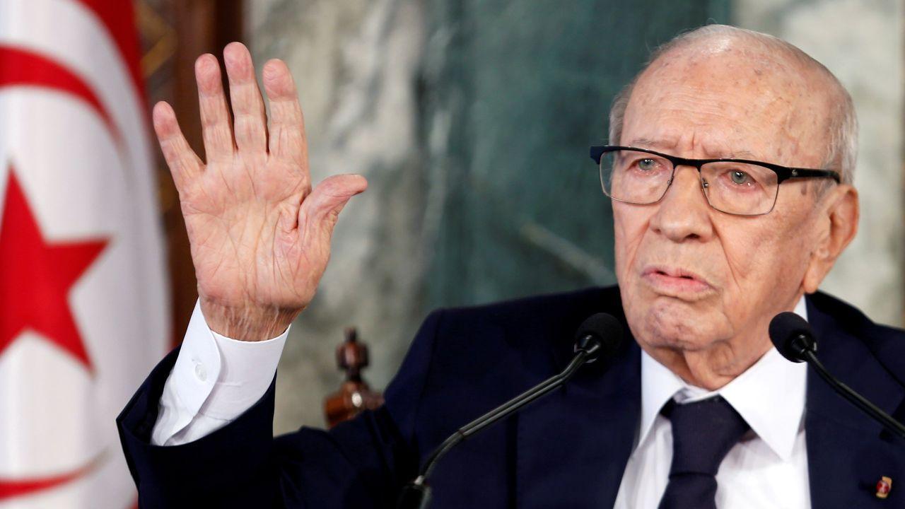 El presidente de Túnez, Beji Caid Essebsi, quien se encuentra ingresado en un hospital de la capital