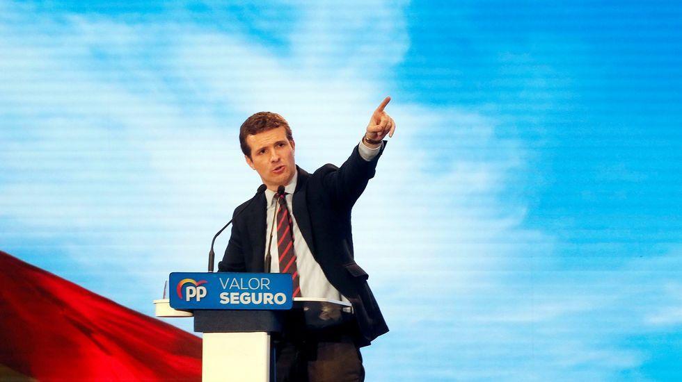 Pablo Casado: «Mi adversario es Pedro Sánchez, a los partidos que están dentro de la Constitución les tengo mucho respeto».La cabeza de lista del PSOE al Congreso de los diputados, Adriana Lastra