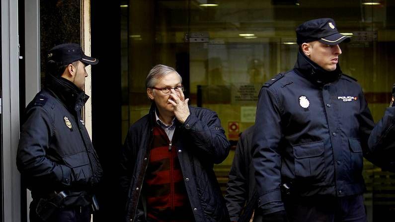 Xosé Luis Veiga declaró ante el juez que reclamó los contratos en varios consejos.