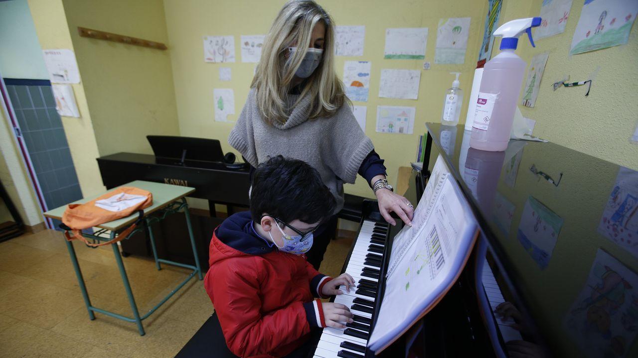 Escola Municipal de Música da Coruña. Excepto las clases de instrumentos de viento y las de canto, las enseñanzas musicales pueden ser presenciales desde el lunes 22 de febrero en Galicia