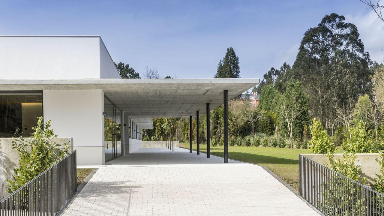 Aspronaga, a prueba de covid.Nueva residencia  Martín Pou  de Aspronaga en Lamastelle (Oleiros), financiada por la Fundación Amancio Ortega