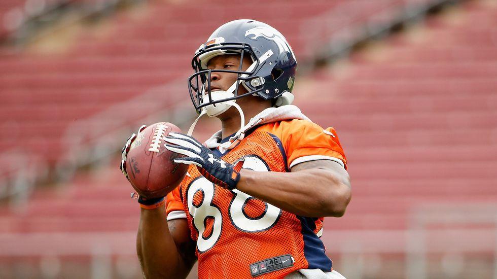 Demaryius Thomas, de los Denver Broncos, durante un entrenamiento