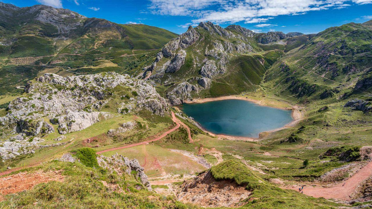 Lago del Valle, en Somiedo, Asturias