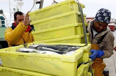 Cuando los mariñanos dejaron el mar, los inmigrantes llegaron para completar tripulaciones.