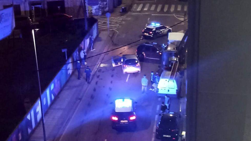 El accidente obligó a cortar un tramo de la calle Chantada