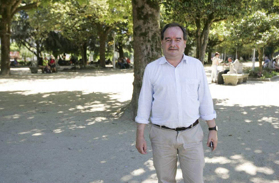 A Rubén Lois gústalle pasear polas cidades, pero en Santiago elixe a Alameda ou Bonaval.