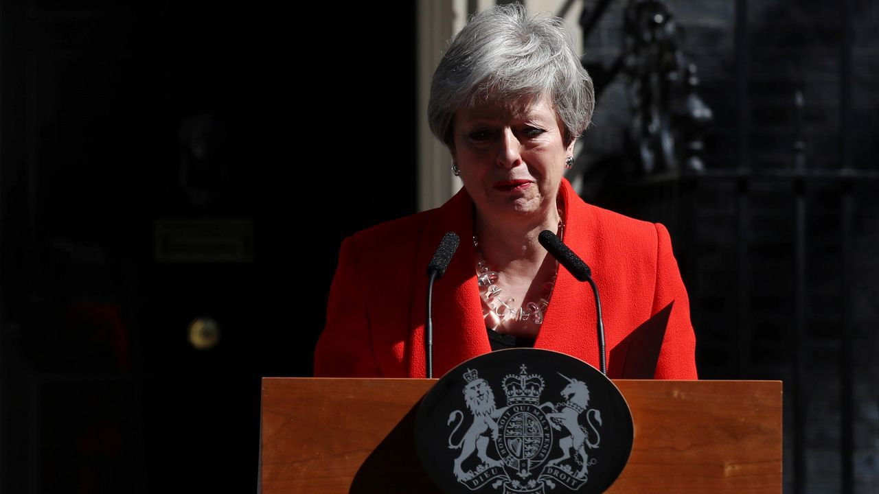 Theresa May anuncia su dimisión.Boris Johnson sale de downing street