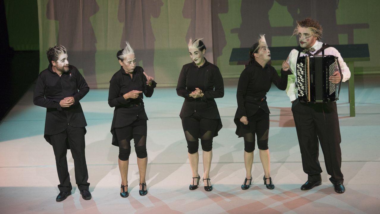 Fotos históricas de San Mateo.Uno de los actos celebrados en la pasada edición en Gijón: Sin azul no hay verde, con Sylvia Earle, en el IES Doña Jimena