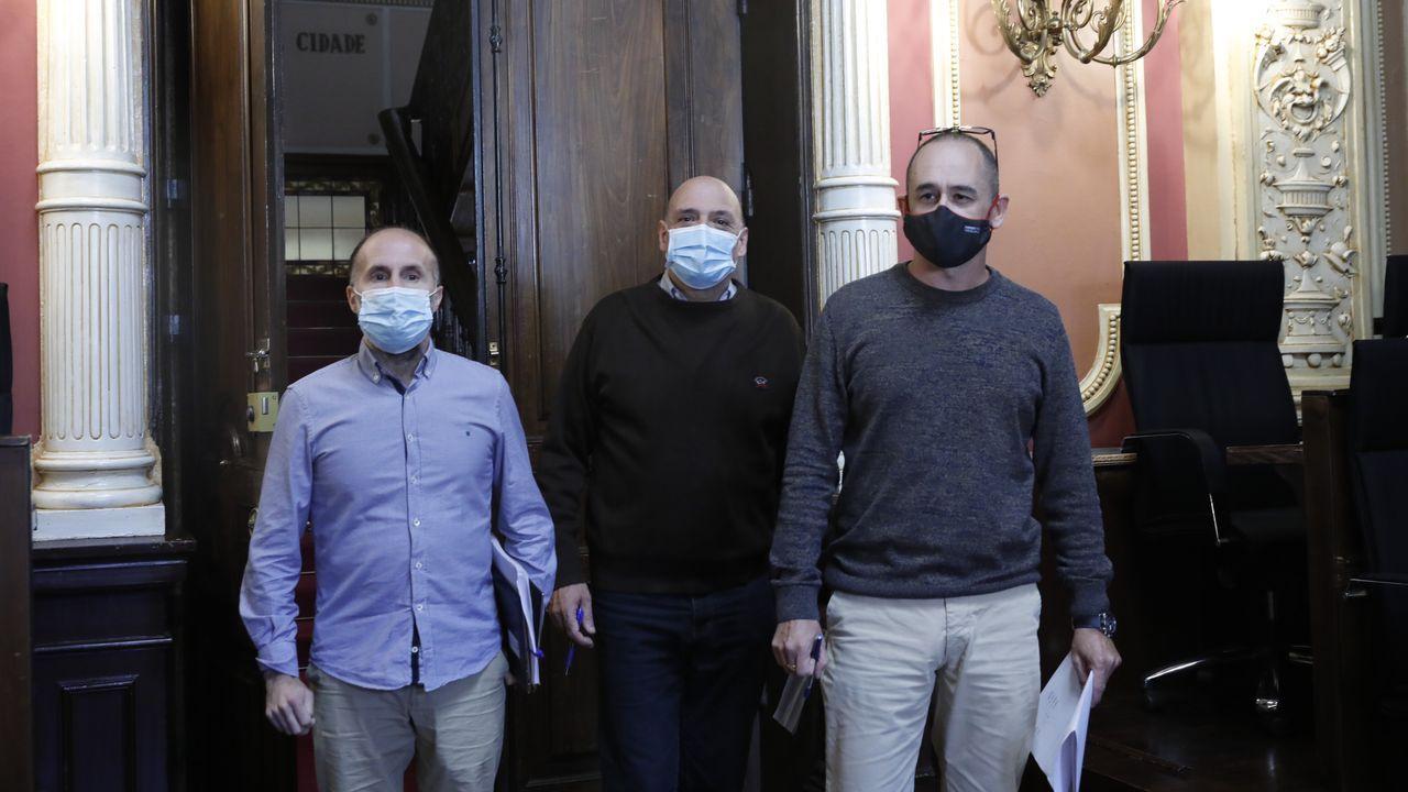 Los tres concejales del gobierno ourensano: Gonzalo Pérez Jácome, Armando Ojea y Telmo Ucha