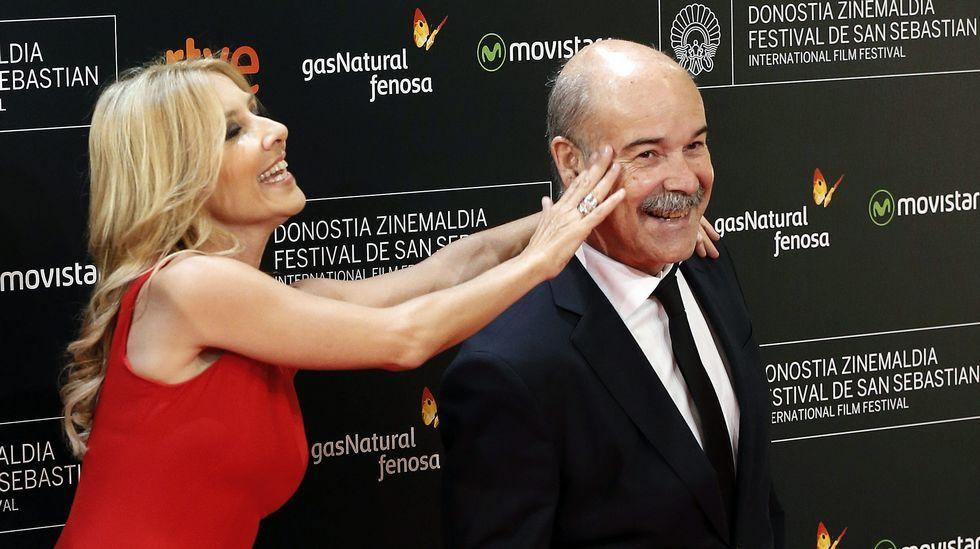 Antonio Resines y Cayetana Gillén Cuervo