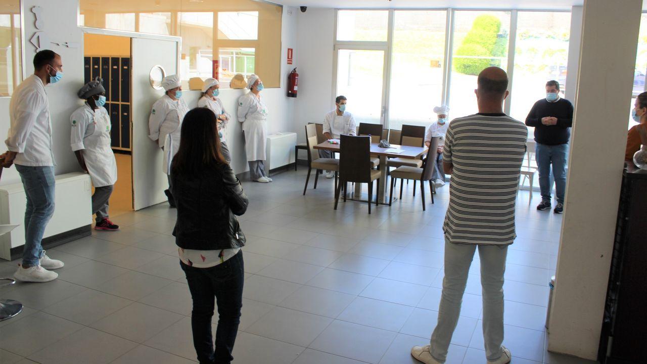 Más de 30 estrellas Michelin estarán en Negreira el 10 de agosto.Clausura del curso en la escuela
