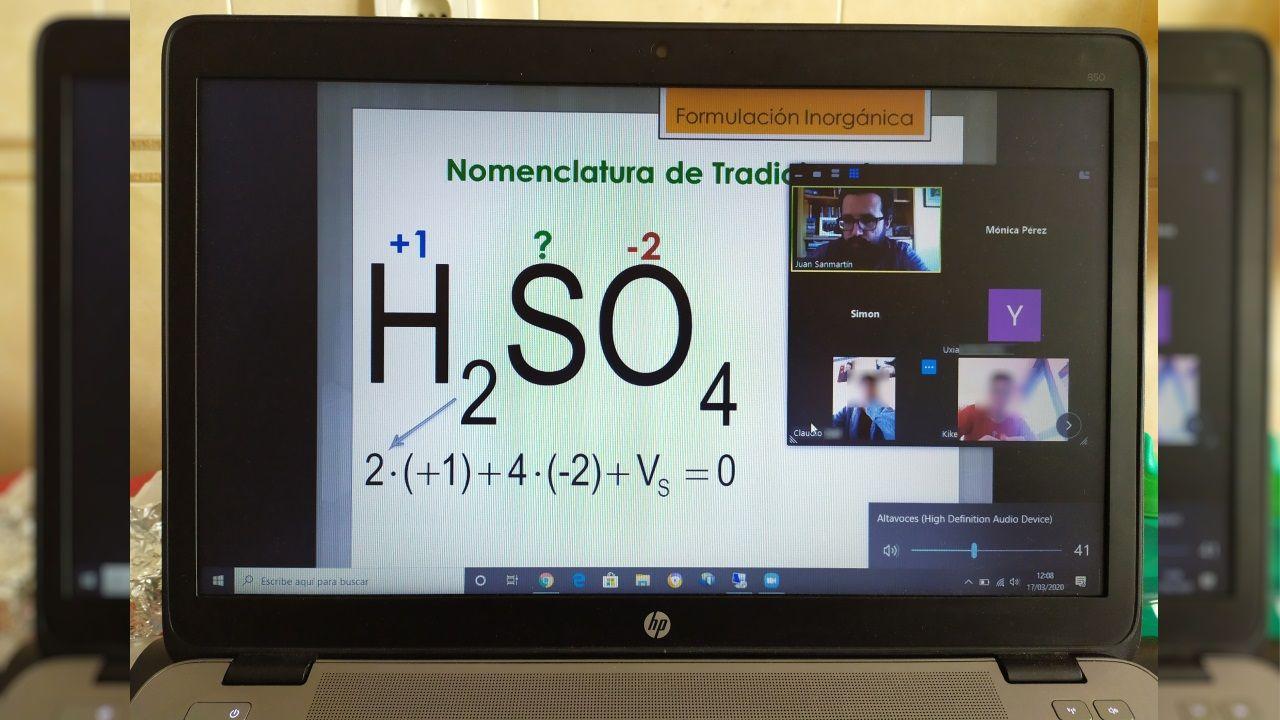 Clase virtual de Química de Juan Sanmartín y sus alumnos de 3º de ESO del colegio Vila do Arenteiro