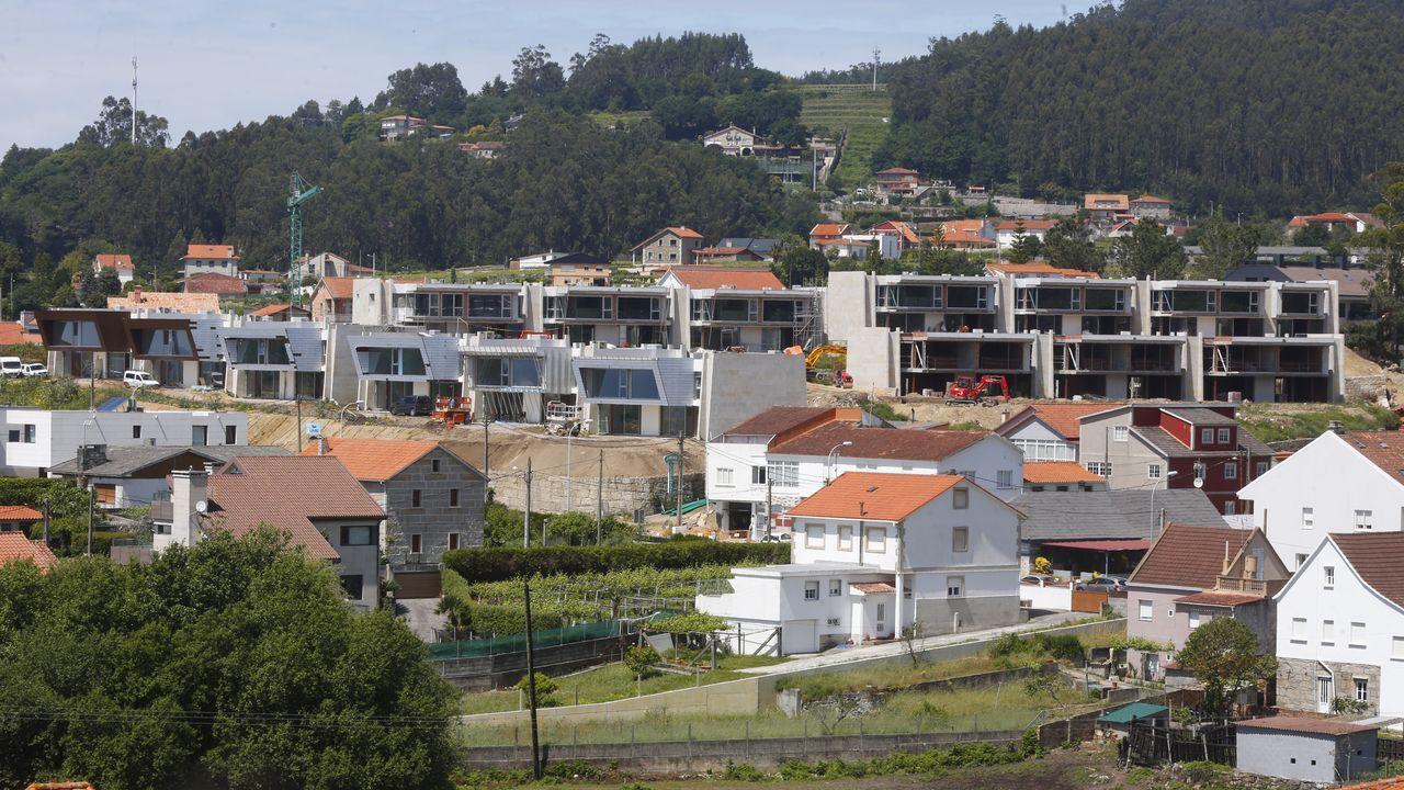 El Grupo Laxas tiene a la venta 31 casas en la recta de Areas