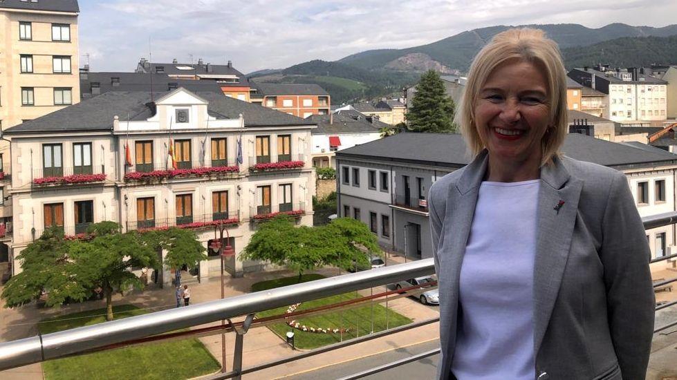 El retorno de la provincia de Ourense a las barras de los bares, en imágenes.Irene Dacal dimitirá en el pleno del jueves