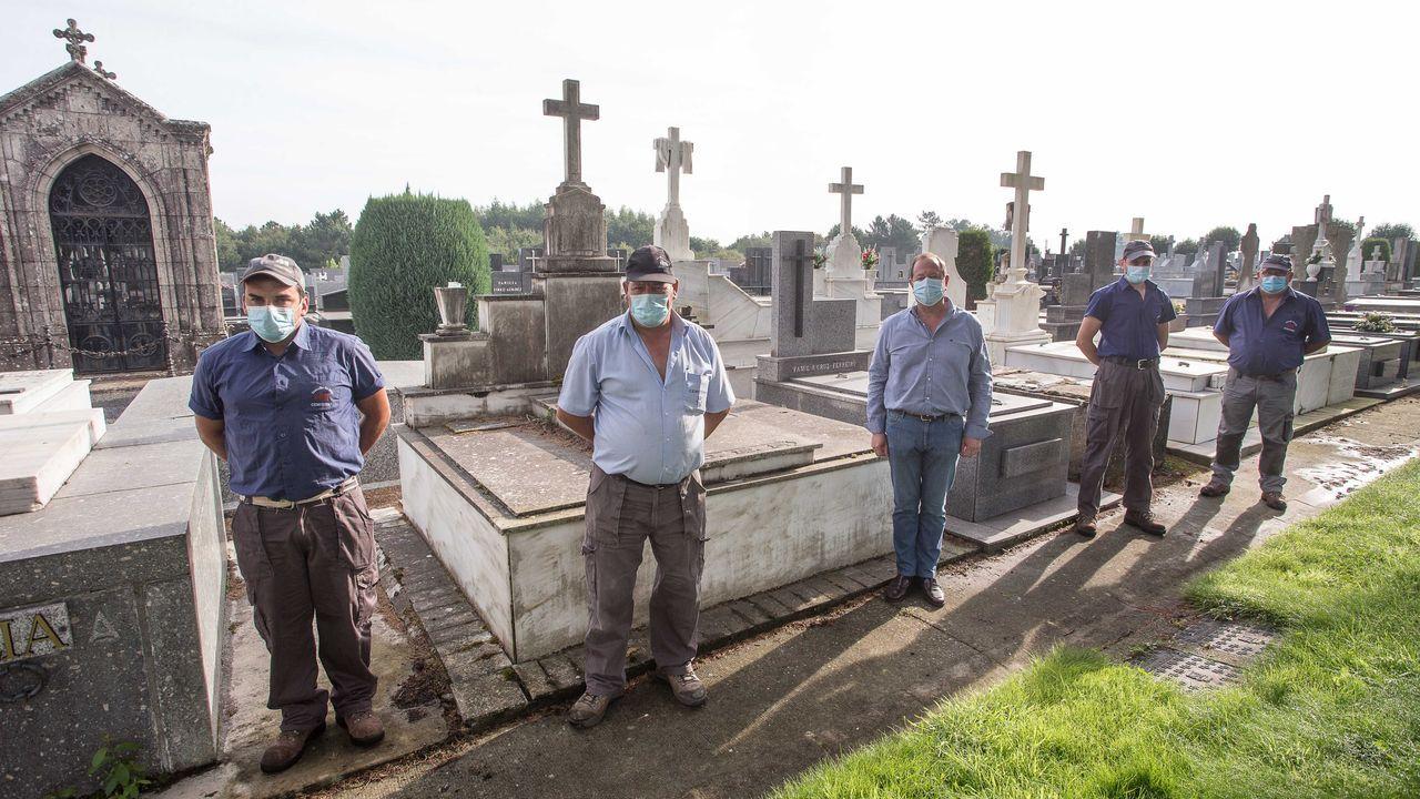 El cementerio de San Froilán ha limitado los entierros al horario matinal a causa del coronavirus