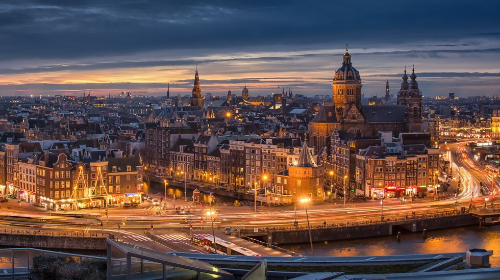 Setga ya había ganado anteriormente dos concursos para iluminar las calles más céntricas de Ámsterdam