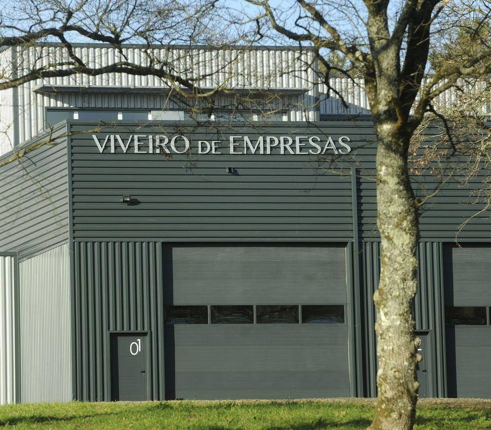 El vivero de Lalín cuenta con tres empresas; en Meis hay una.