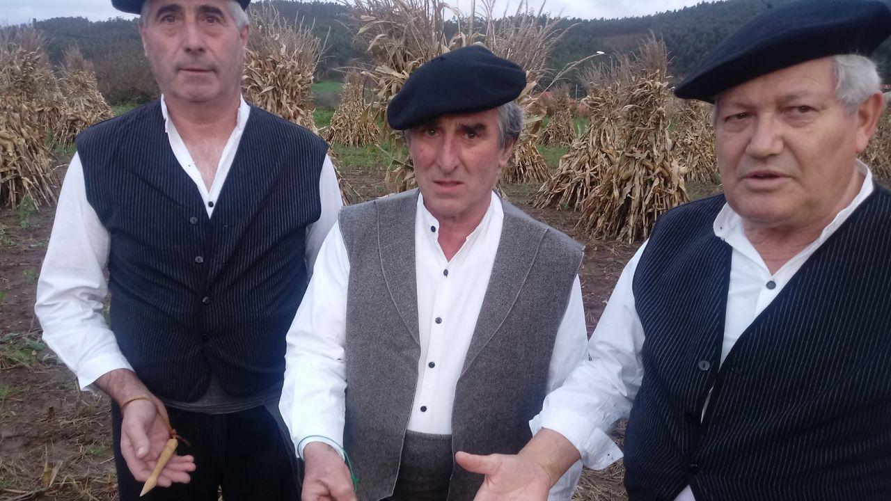 Jaime Traba, á dereita, xunto con Primitivo Vázquez e Isidro García