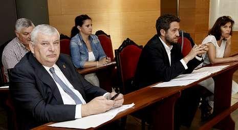 César Aja tendrá que renunciar a su acta de concejal para trasladarse a la embajada en Bulgaria.