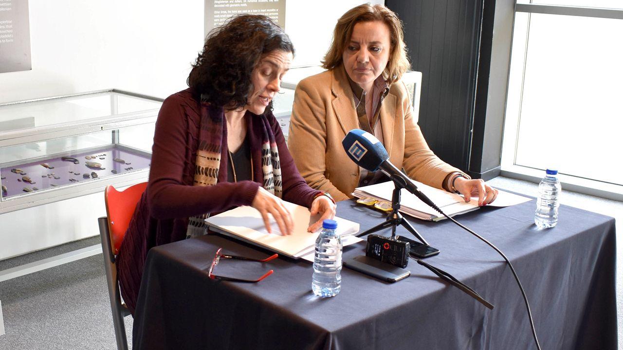 Alumnos de Sada cantando.La directora general de Patrimonio Cultural, Otilia Requejo, en rueda de prensa