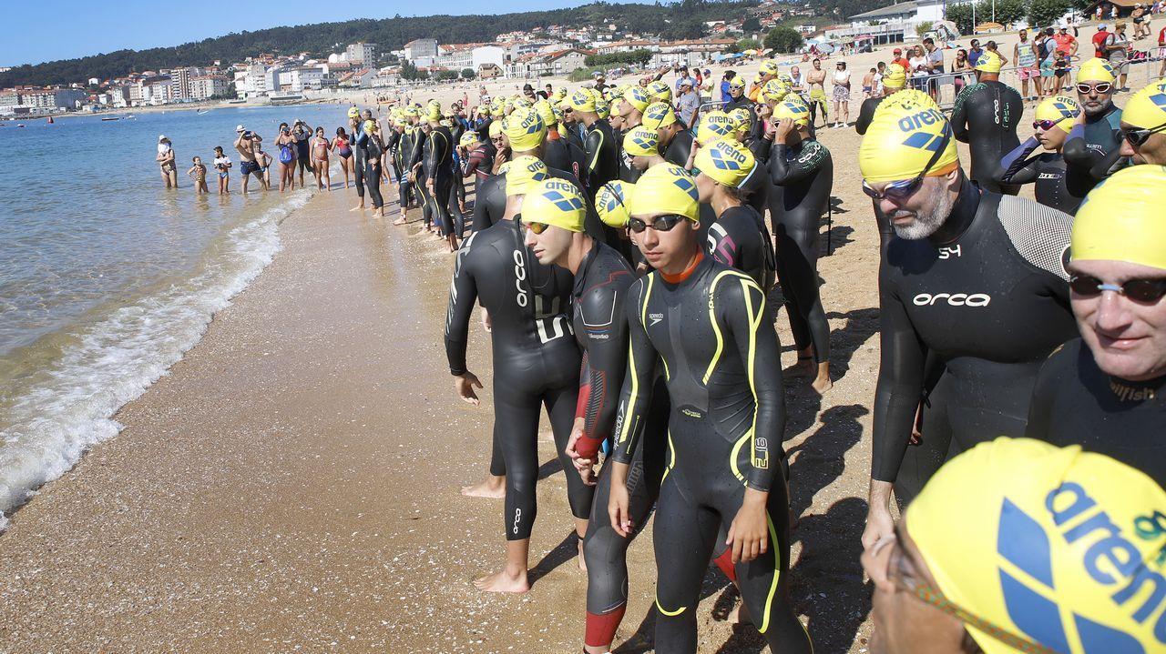 Álbum de fotos: Así se vivió la Travesía a Nado Praia de Coroso.Imagen del Triatlón Ciudad de A Coruña celebrado en mayo del 2017