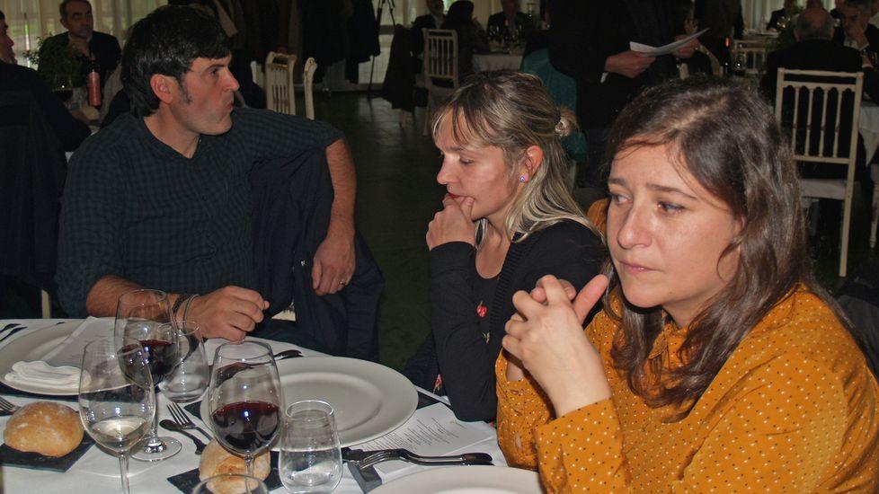 A la izquierda, el representante de la bodega de Taboada Castrofiz, una de las premiadas en Aosta