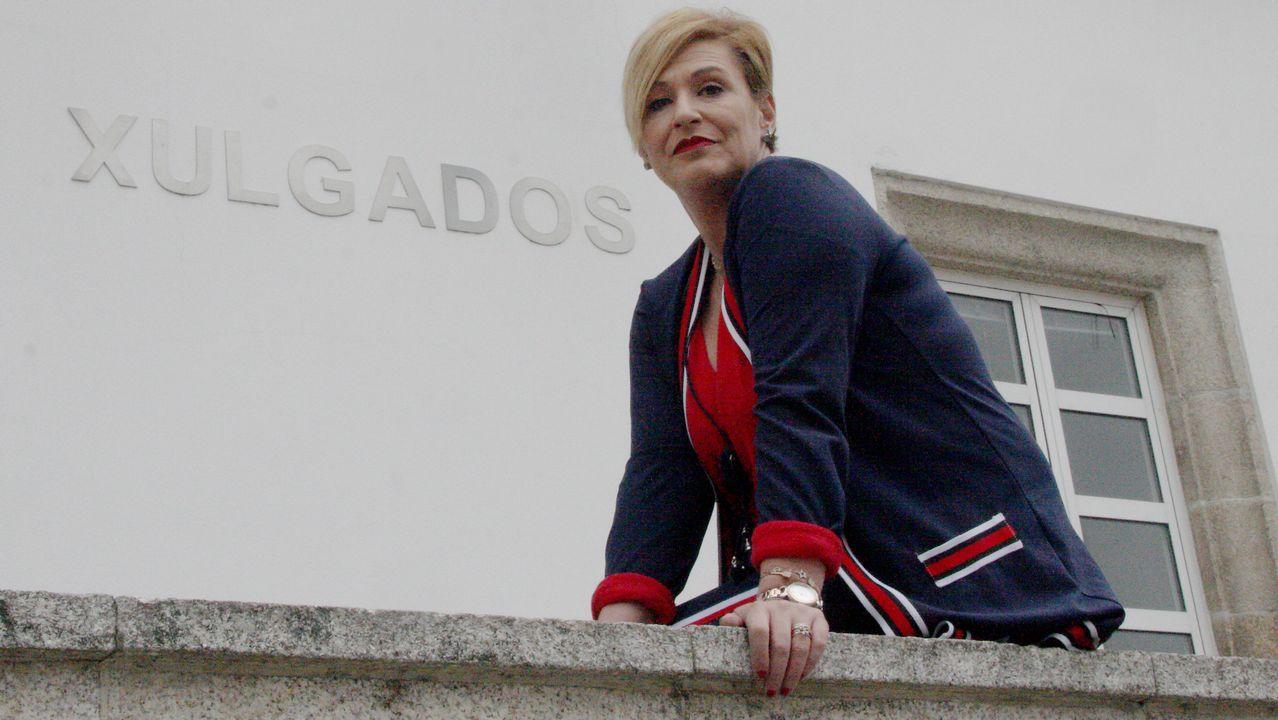 Así mataron a Asunta: las claves del crimen que conmocionó a Compostela.El acusado de la muerte de Silvia Hernández, sentado a la izquierda en presencia de los abogados