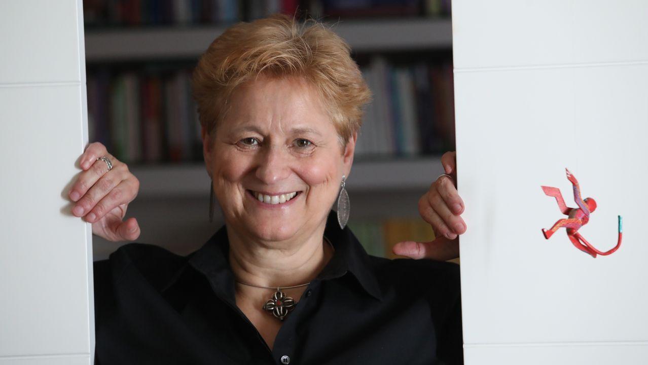 ROSA COBO,  Profesora Titular de Sociología