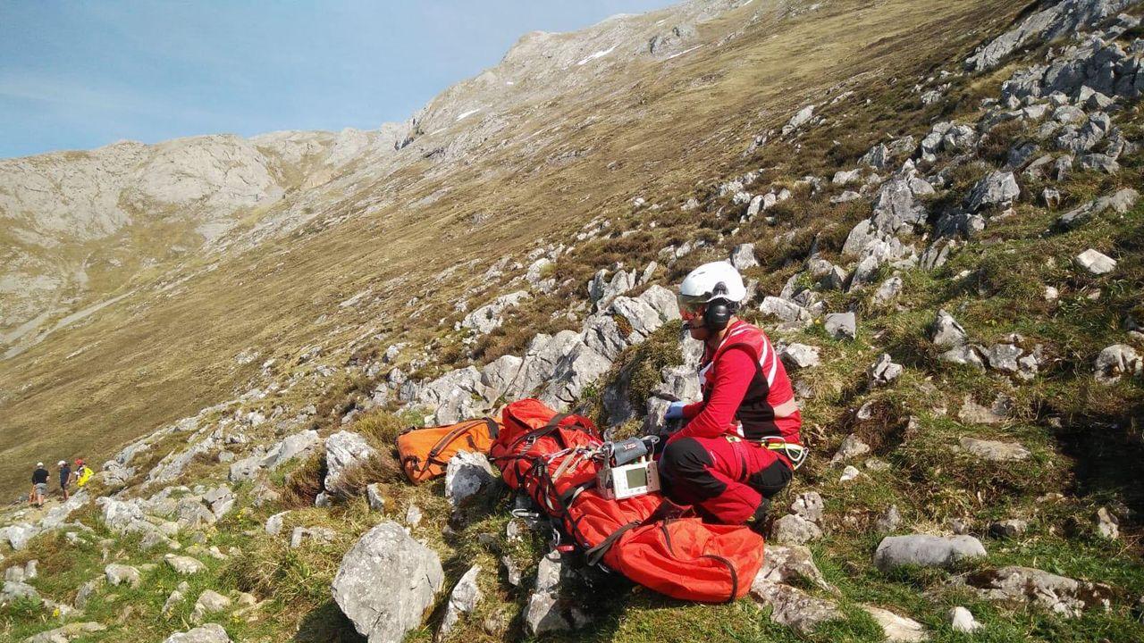 Así fue el rescate a la montañera francesa herida en el Urriellu.Arturo Pérez de Lucia, director General de AEDIVE