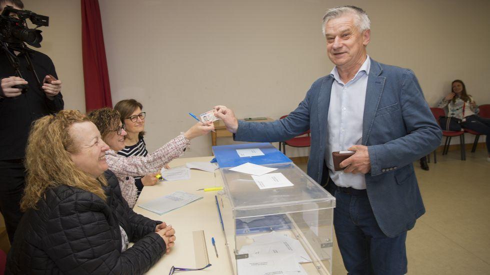 Votación de Bello Pallas en Carballo