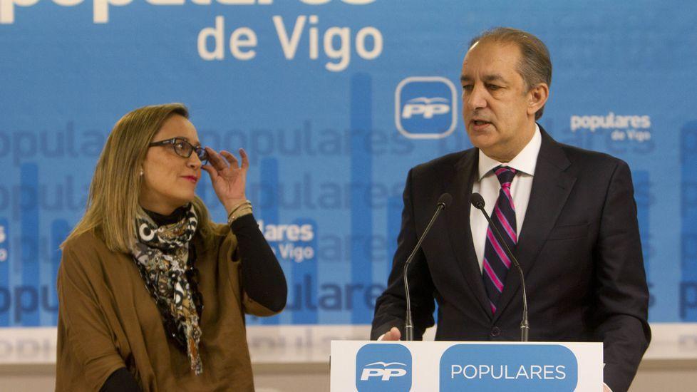 Elena Muñóz con Jose María Figueroa