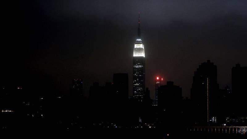 Noche bajo el agua y sin luz por el huracán «Sandy» en la costa este de Estados Unidos.Inundación en Nueva Jersey