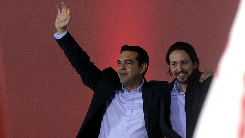 Pablo Iglesias se atreve con el griego.Arvanitis fue despedido de la televisión pública.