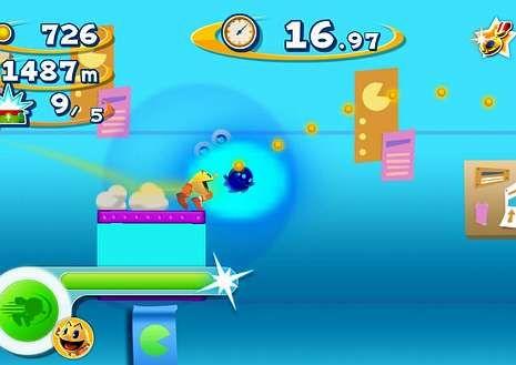 Pac-Man ha dejado de comer bolas para saltar en plataformas.